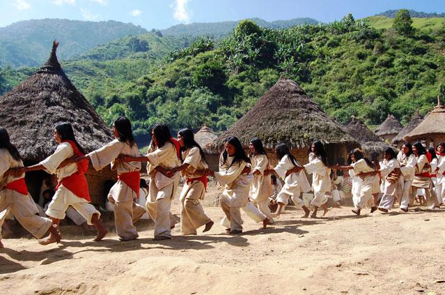 Resultado de imagen para Fotos de la tribus iñeri y caribe